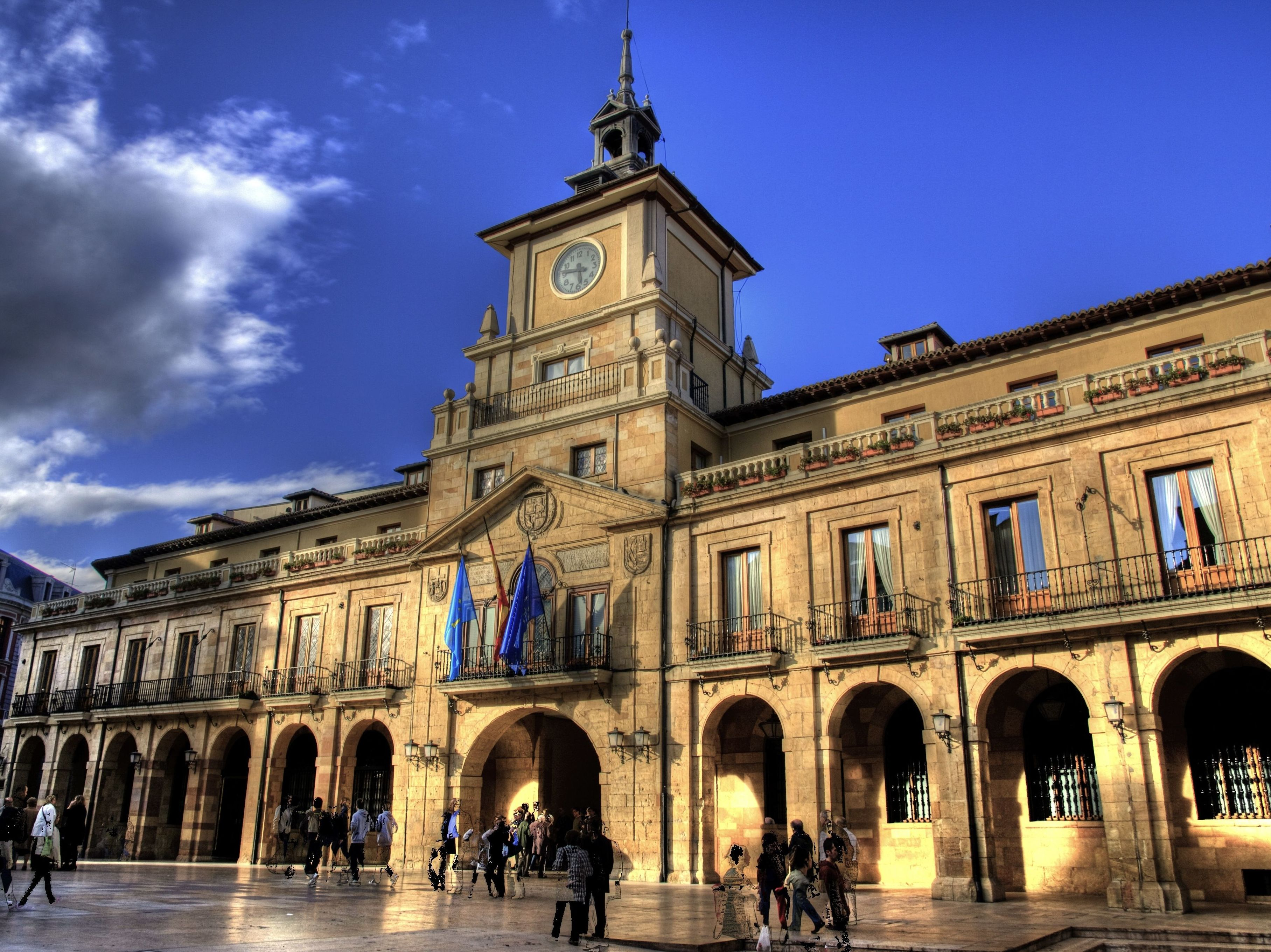 Oviedo asesoría fiscal tributaria