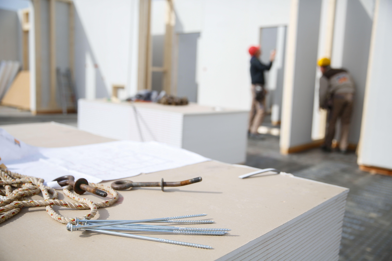 Reforma de naves industriales y pabellones: Servicios de Ceman Construcciones
