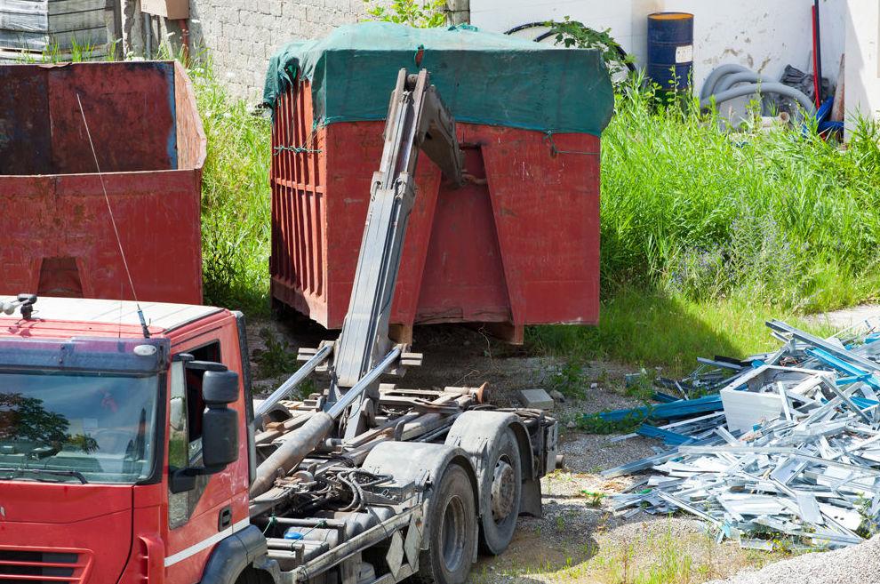 Camiones con grúa en Torremolinos