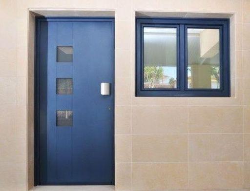 Puerta interior de aluminio
