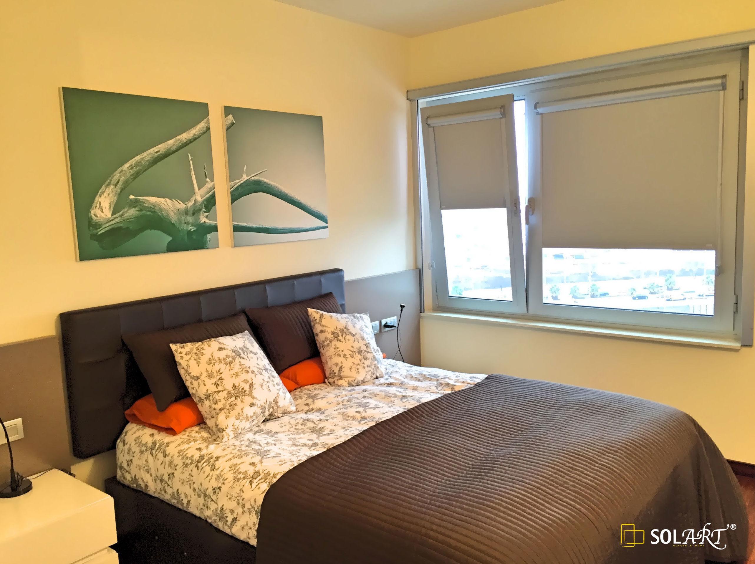 Estor mini enrollable para ventanas abatibles y for Tipos de cortinas y estores