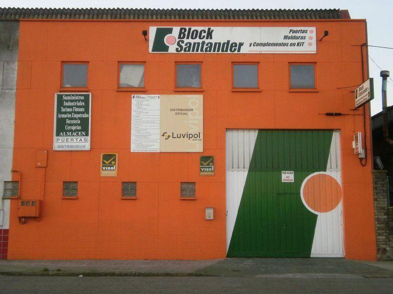 Almacén de puertas en Santander