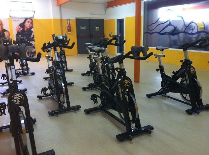 Spinning: Actividades de Club Natación Madrid Moscardó