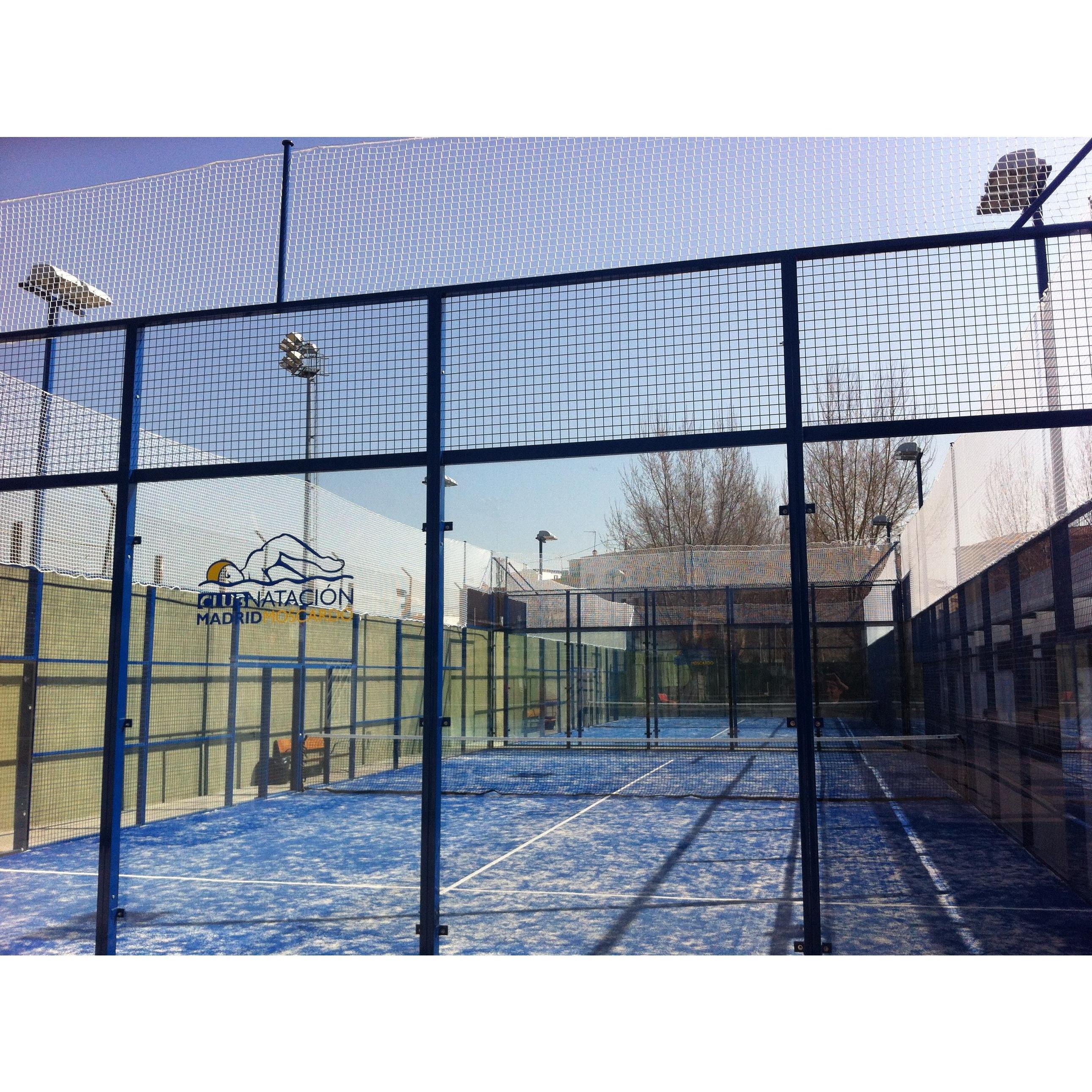 Pádel: Actividades de Club Natación Madrid Moscardó