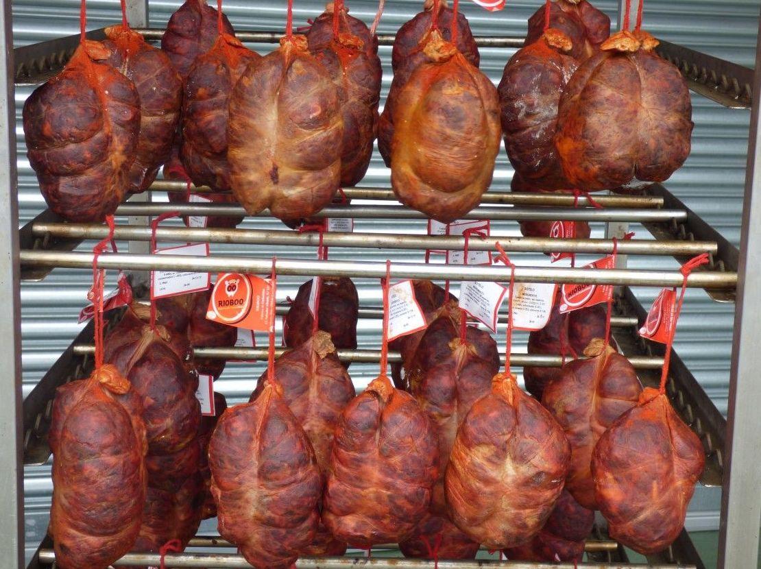 Botillo: Productos de Embutidos Rioboo