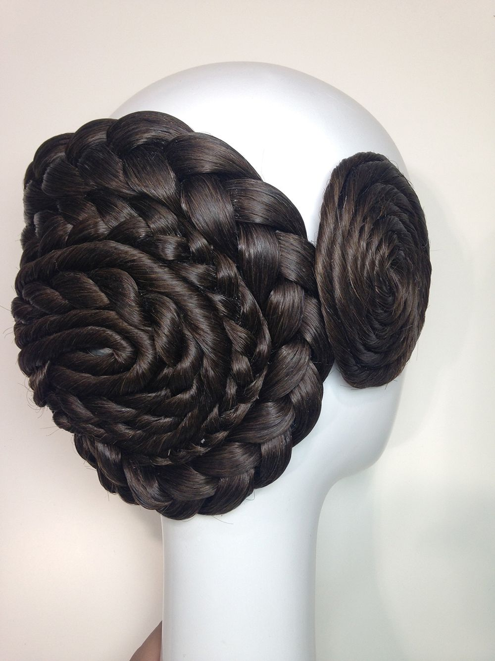 Moño y rodete grande modelo cordón: Productos de Art & Moño, Amanda Ascot