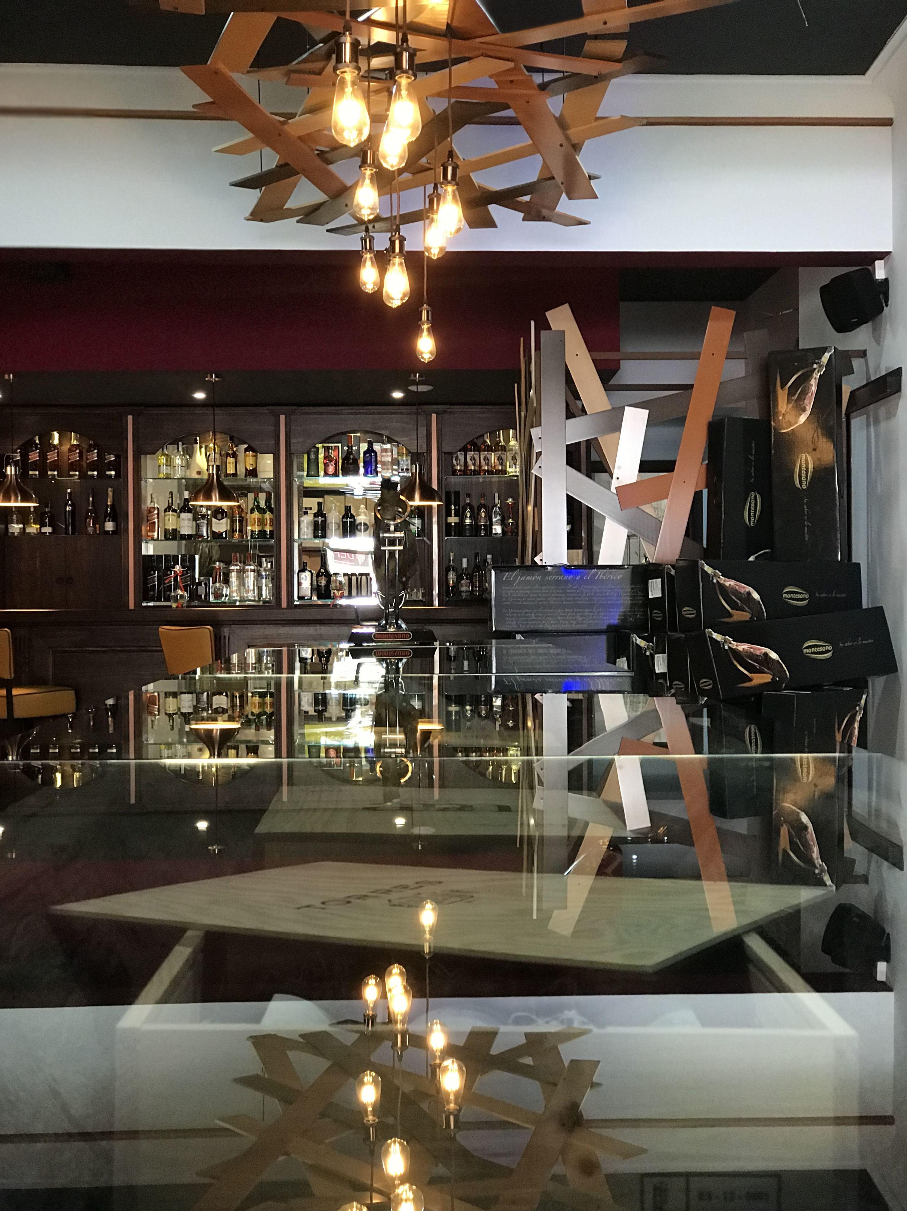 Foto 30 de Cocina canaria en La Orotava | Restaurante Bodegón Tapias