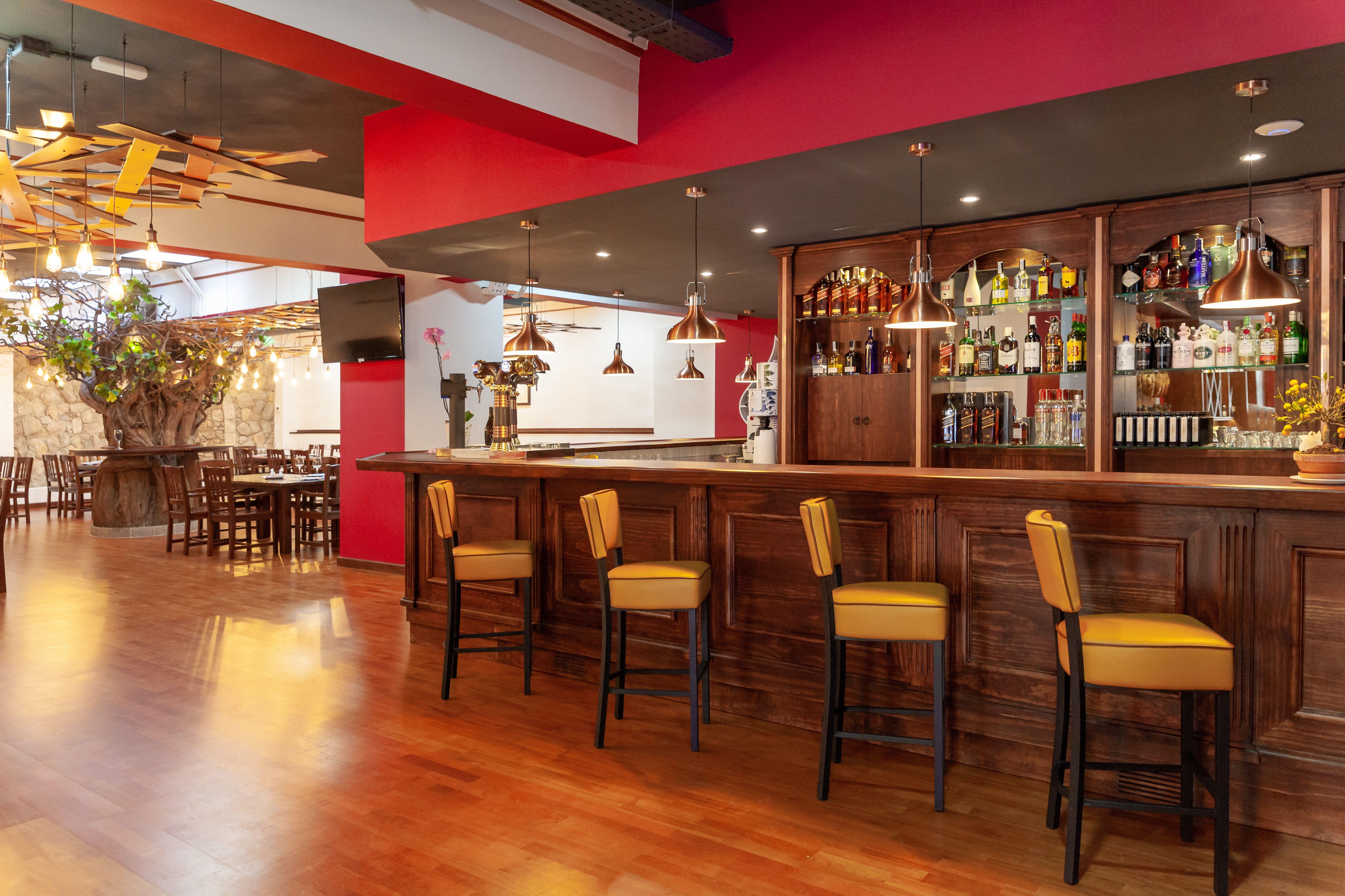 Foto 1 de Cocina canaria en La Orotava | Restaurante Bodegón Tapias