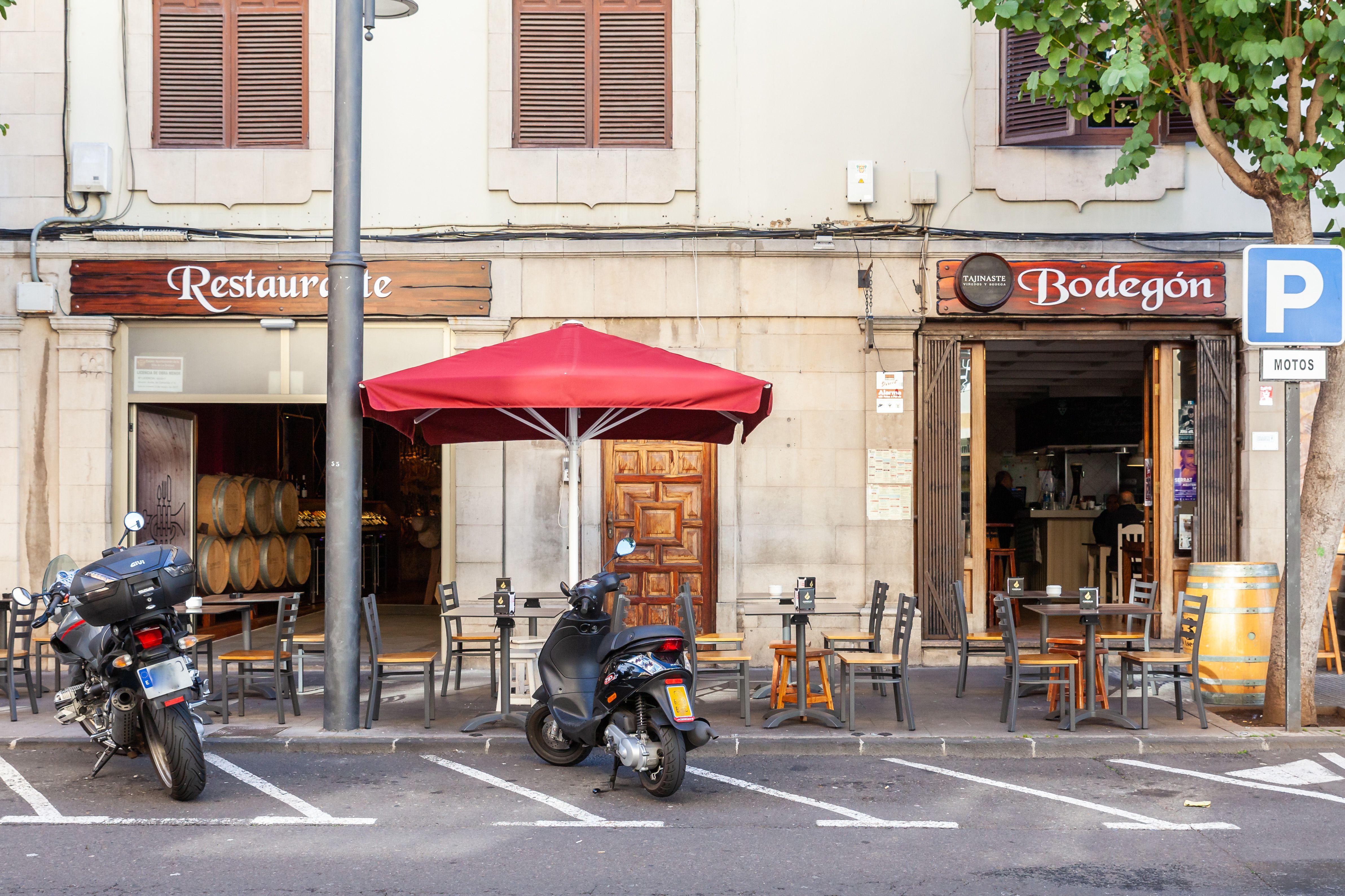 Foto 6 de Cocina canaria en La Orotava | Restaurante Bodegón Tapias