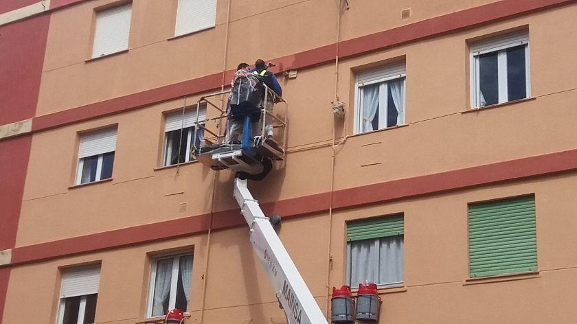 Restauración de fachadas en Torrelavega