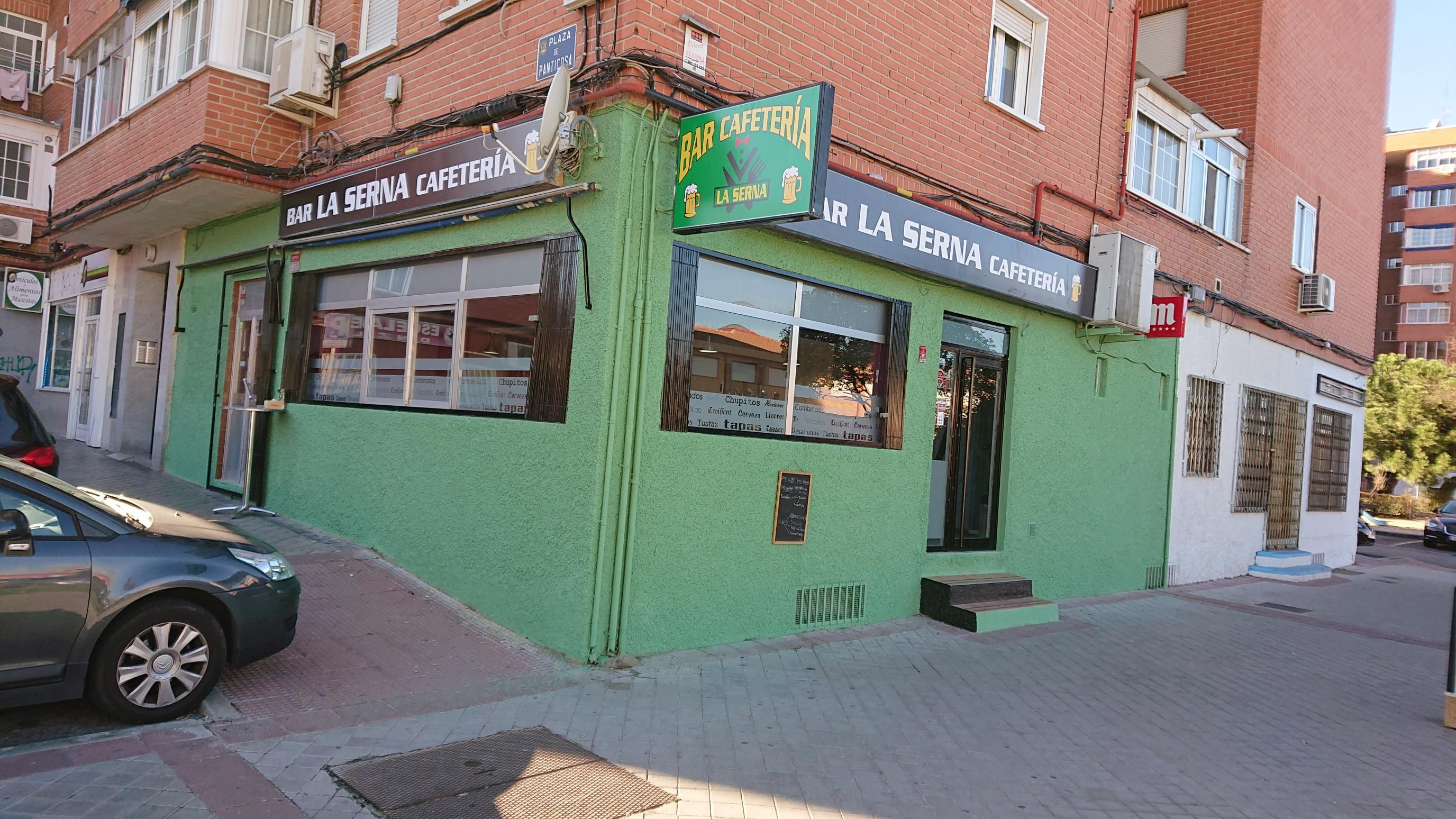 Cafetería en el barrio de La Serna en Fuenlabrada