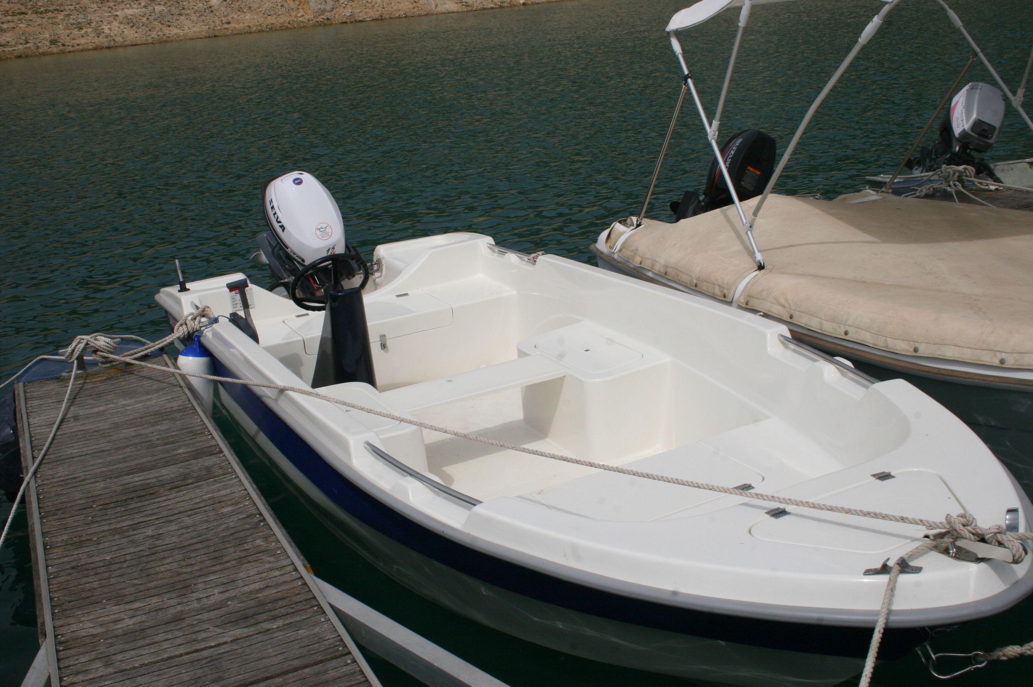 Especialista en equipamiento de embarcaciones de pesca y materiales de pesca
