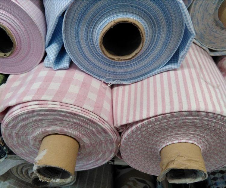 Gran variedad de tejidos en Sevilla