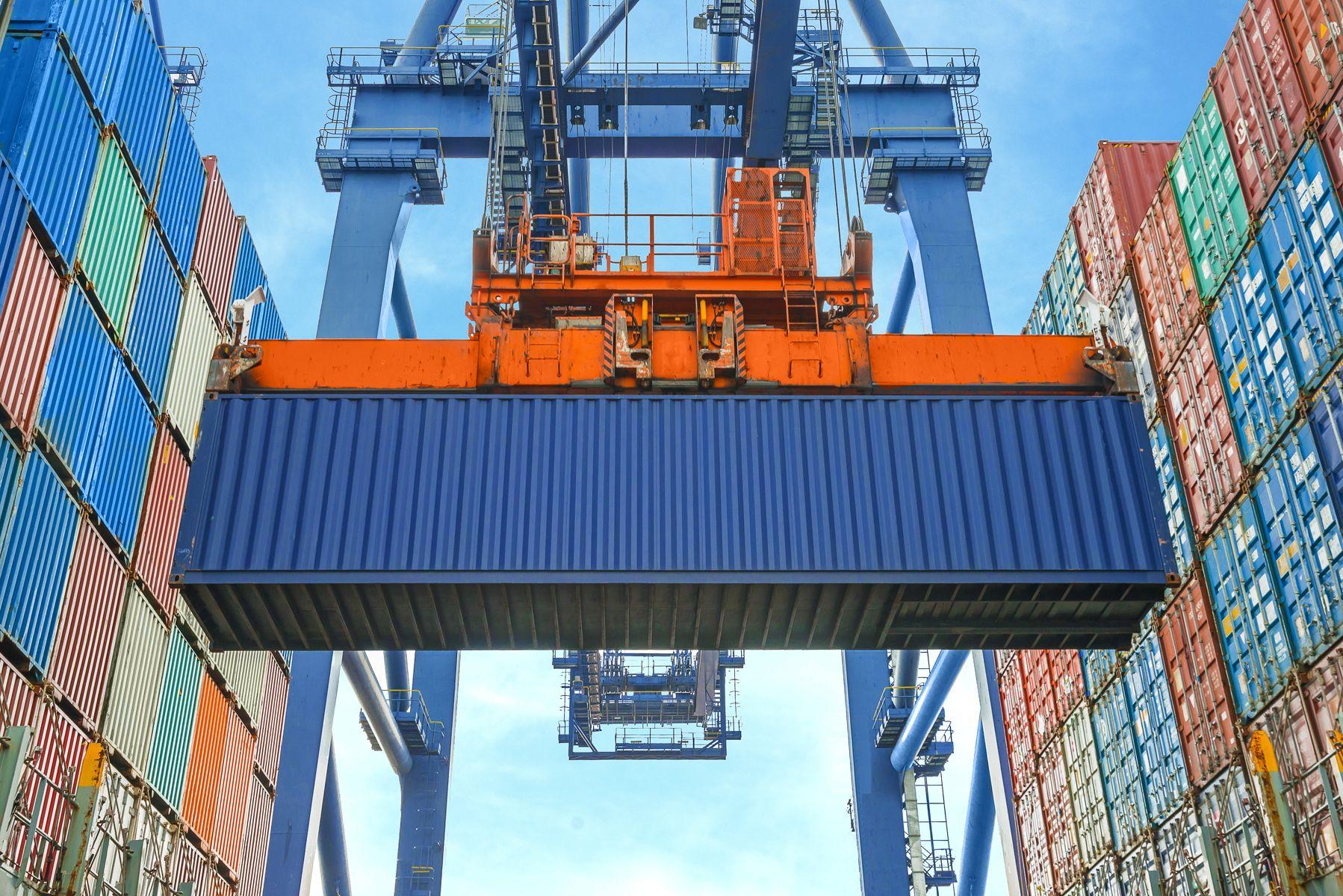 Reparación de contenedores marítimos en Málaga
