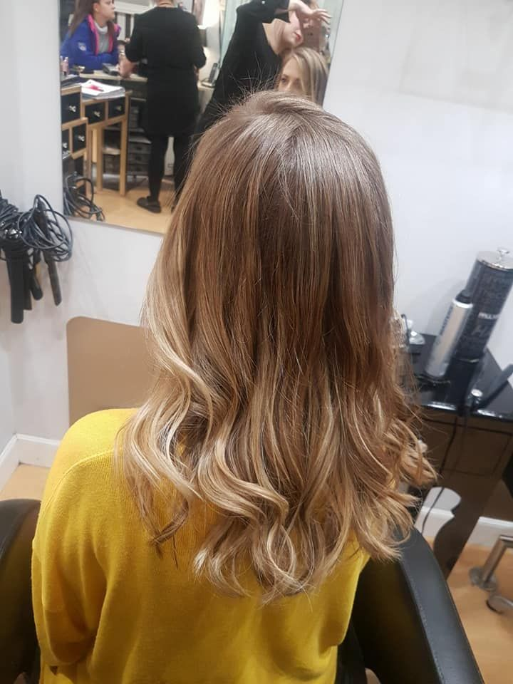 Especialistas en mechas y color en Barakaldo