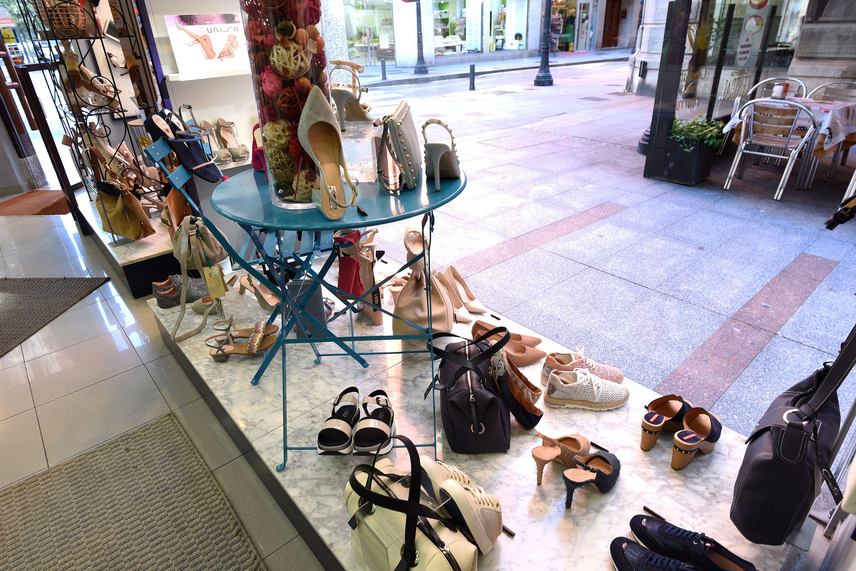 Zapatos de chica actuales en Gijón