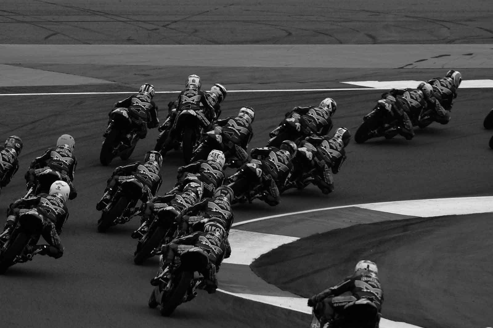 Preparaciones para particulares y pilotos amateur: Servicios de MV Racing