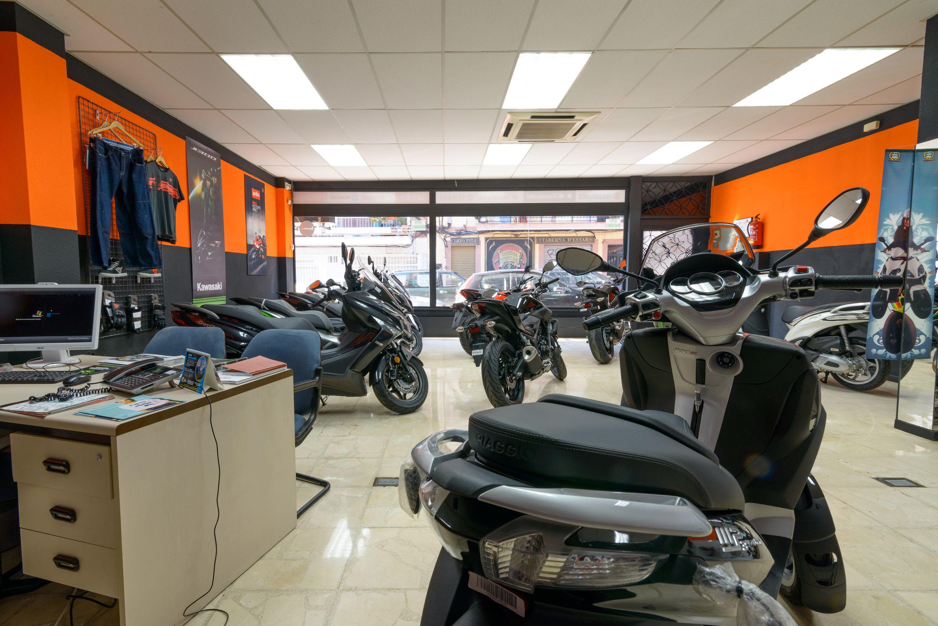 Excelente equipo de mecánicos especializados en motos