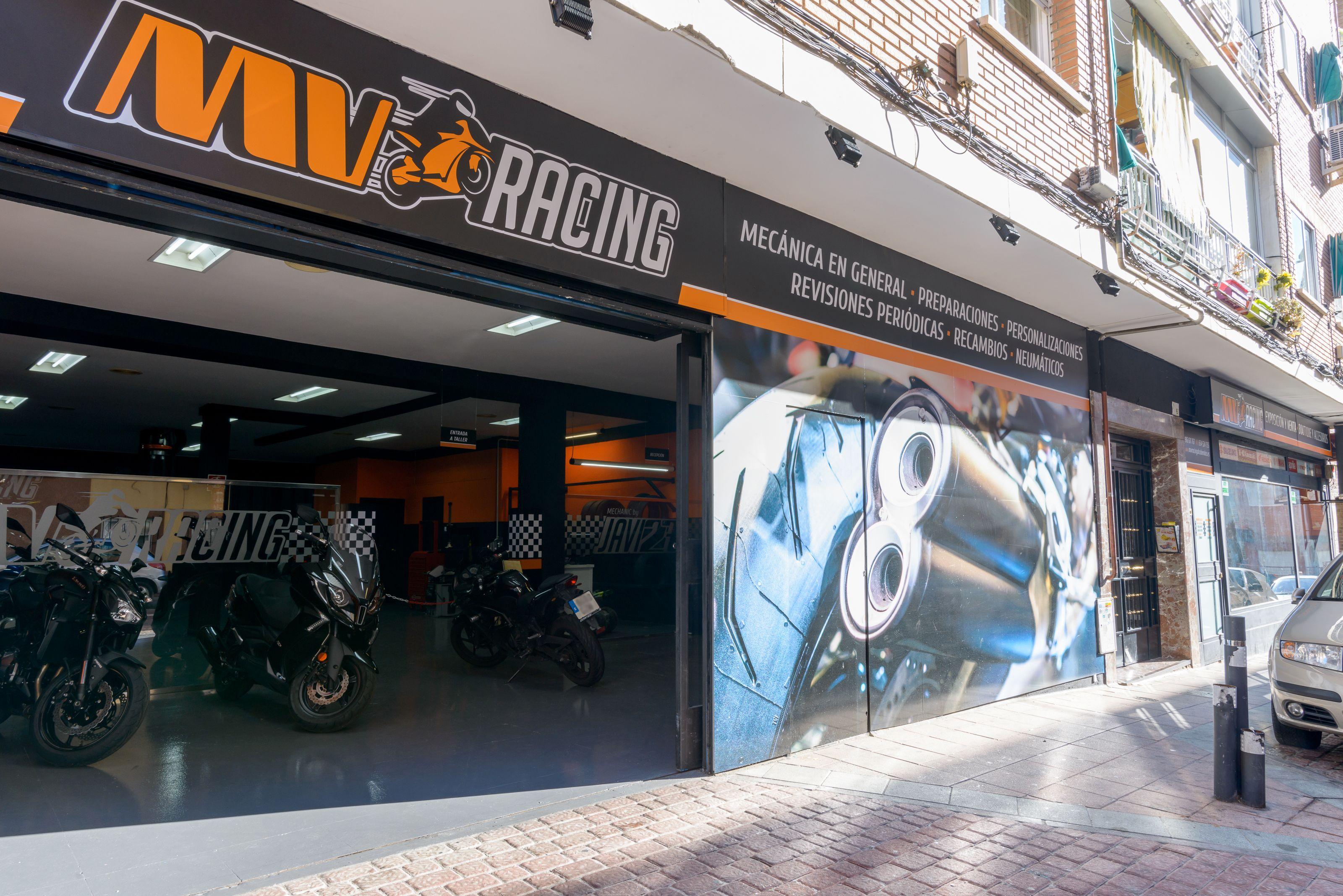 Fachada de nuestro taller de motos en Alcobendas