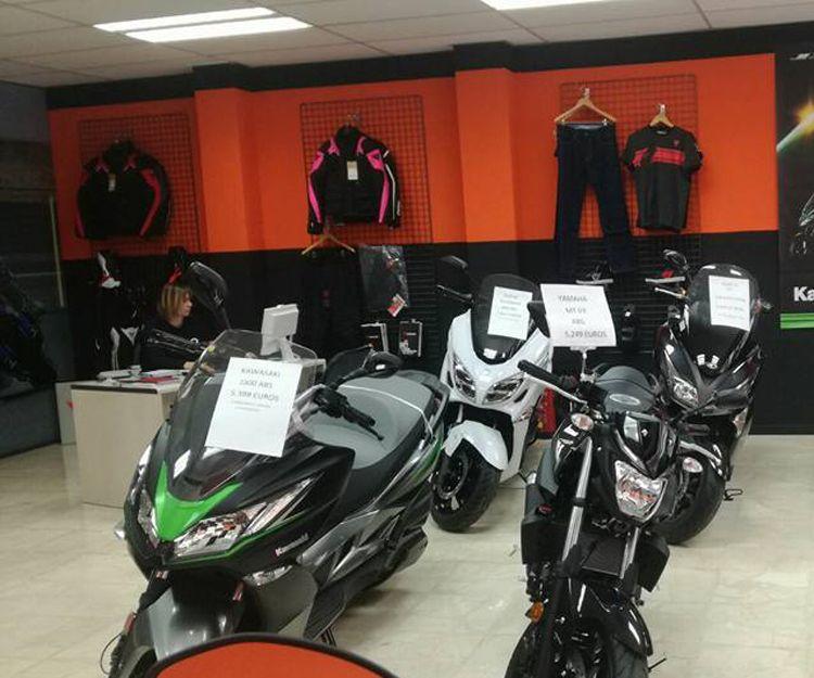 Exposición de motos en Alcobendas