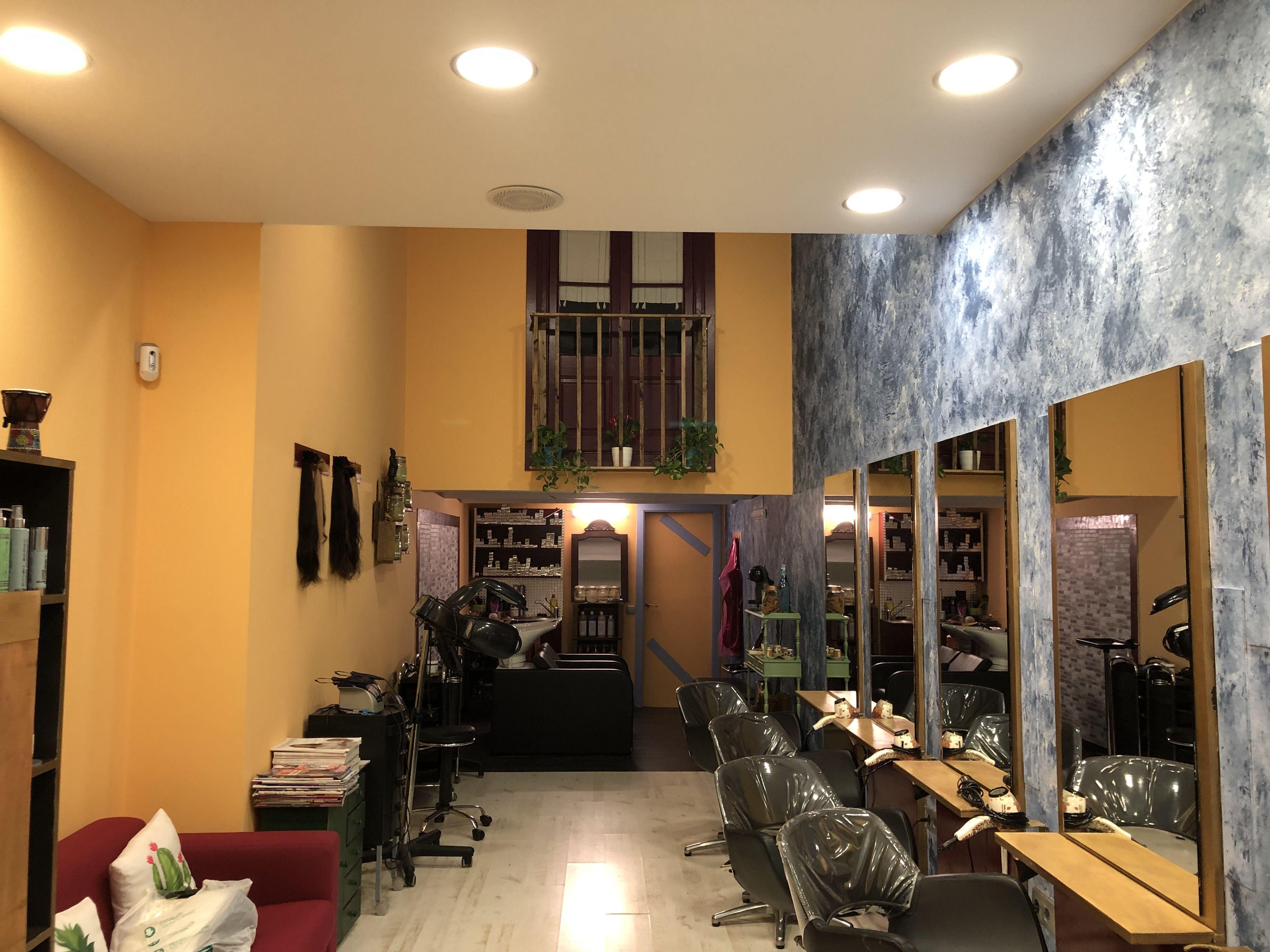 Foto 26 de Salón de belleza y centro de peluquería en Barcelona en Barcelona | MCB Salón de Belleza