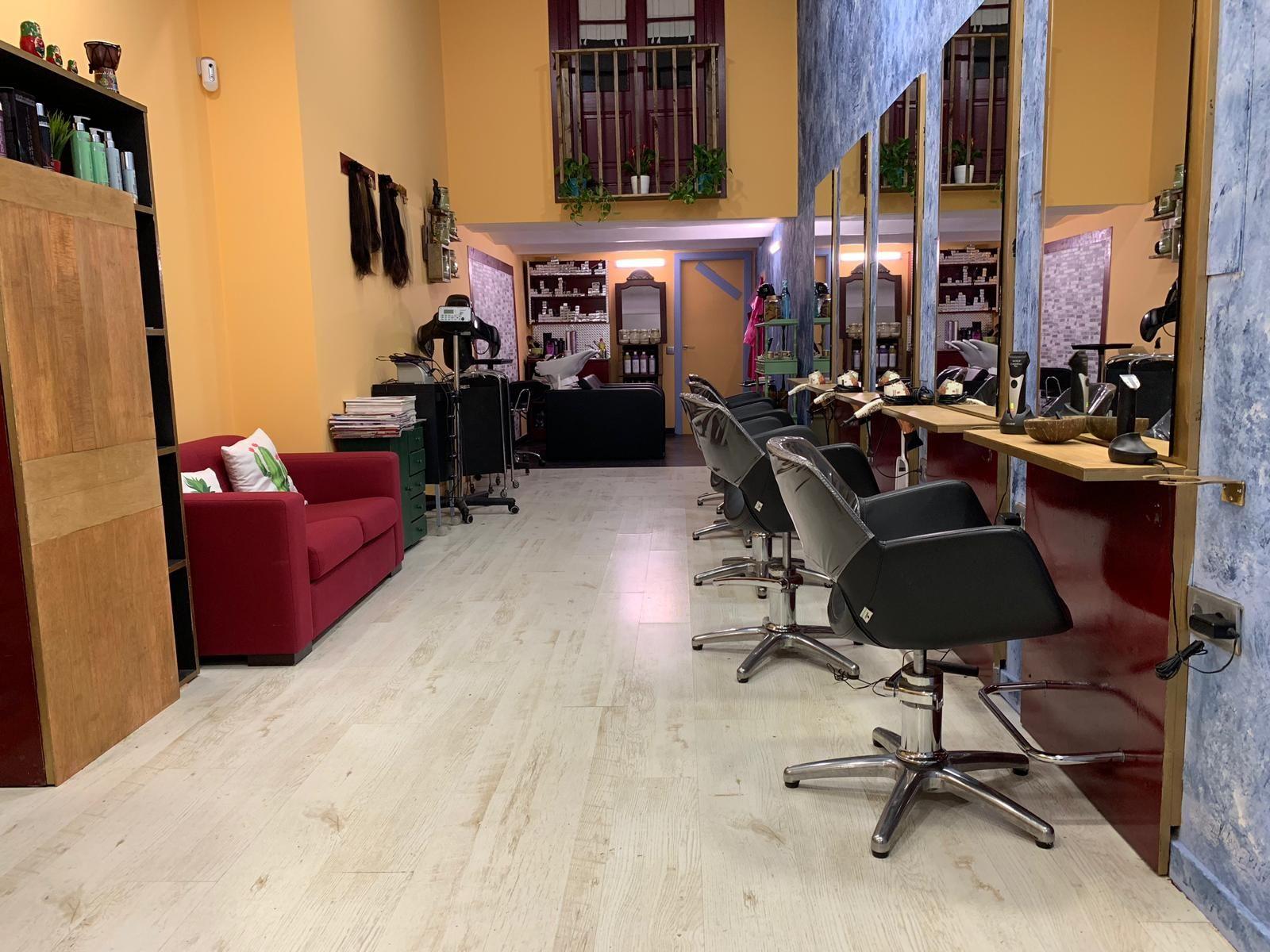 Foto 6 de Salón de belleza y centro de peluquería en Barcelona en Barcelona | MCB Salón de Belleza