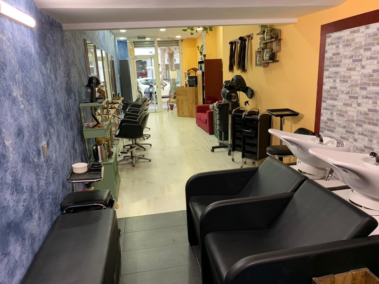 Foto 10 de Salón de belleza y centro de peluquería en Barcelona en Barcelona   MCB Salón de Belleza