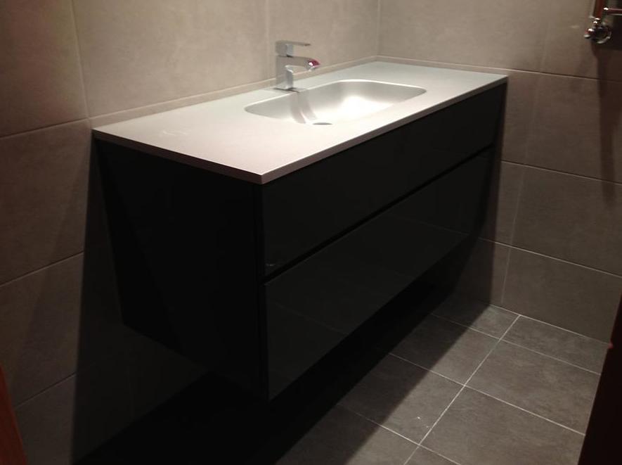 Muebles de baño ajustados a cualquier medida y espacio en Alcorcón