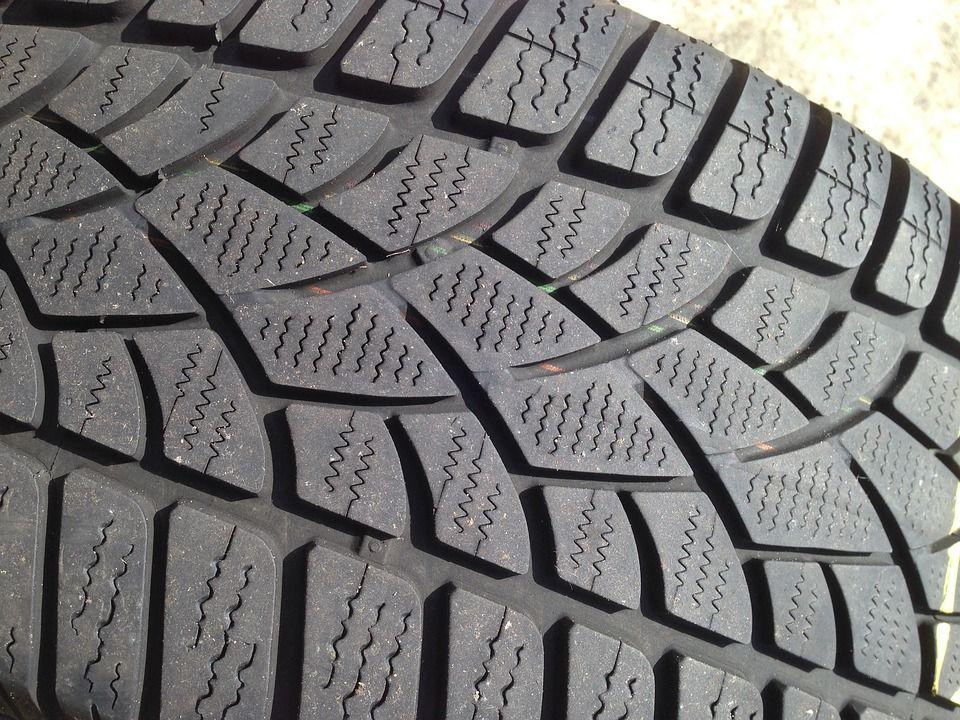Neumáticos: Servicios de Talleres Pedro Madroño