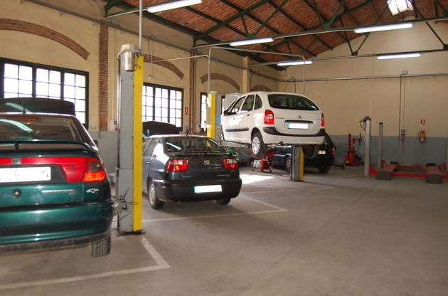 Taller de coches Sant Celoni