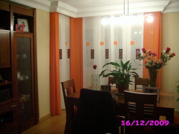 salon con cortina a tablones