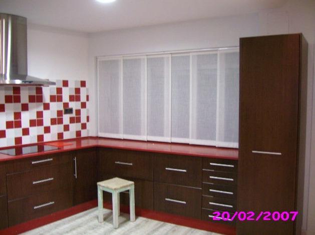 Instalación de cortinas en cocinas