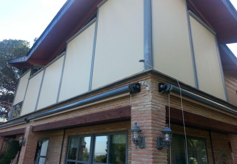 Instalaci n de toldos en murcia qu son los toldos verticales for Toldos para enrollar