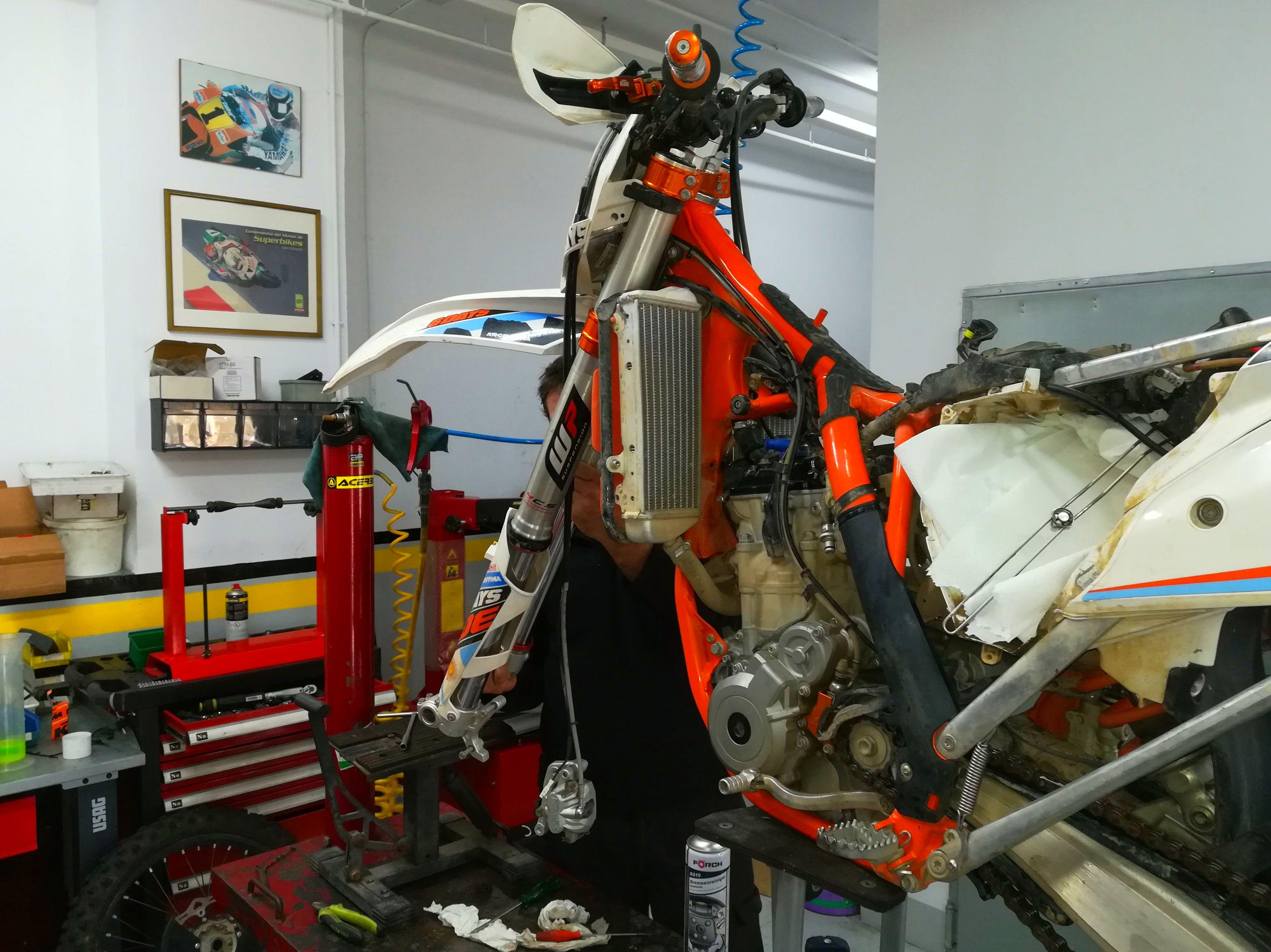 Foto 31 de Motos en Corbera de Llobregat | Isracing Motos
