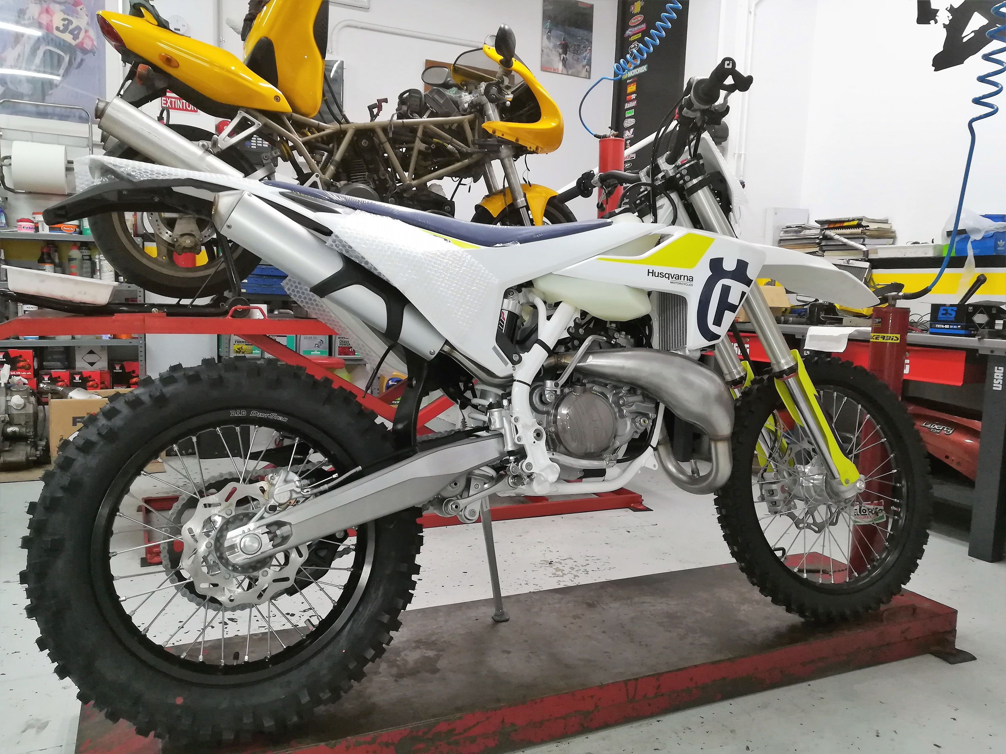 Foto 7 de Motos en Corbera de Llobregat | Isracing Motos