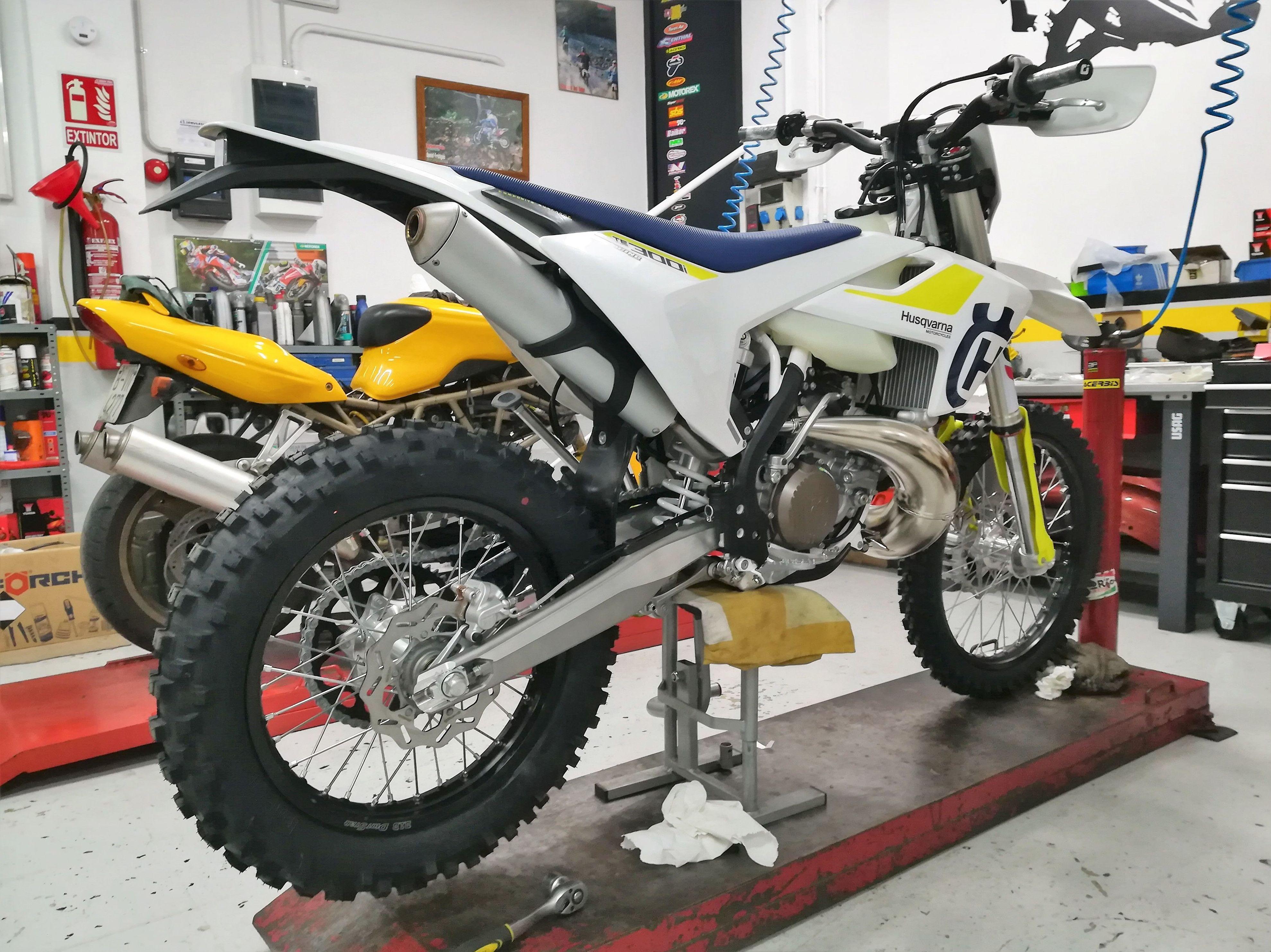 Foto 5 de Motos en Corbera de Llobregat | Isracing Motos