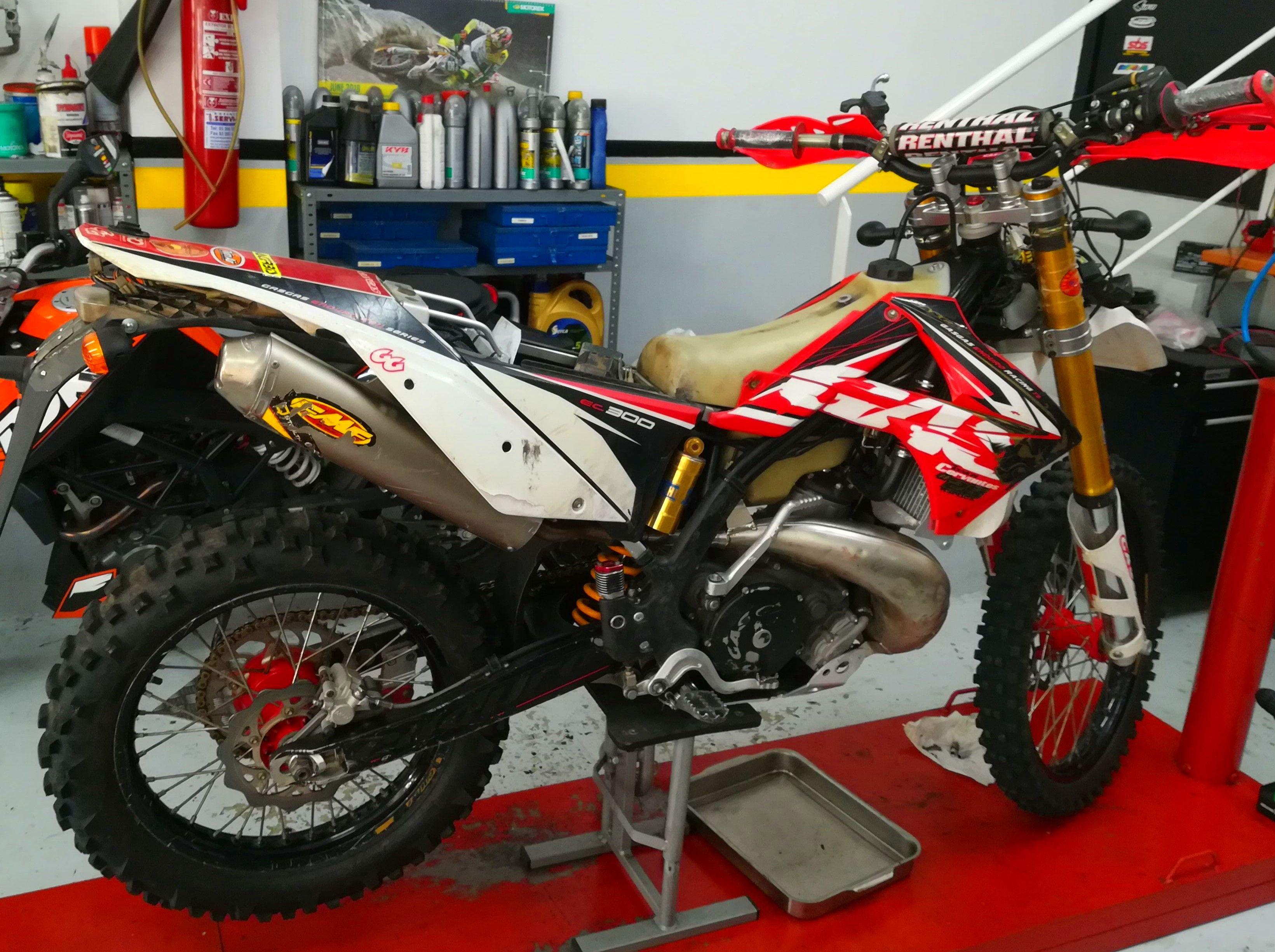 Foto 50 de Motos en Corbera de Llobregat | Isracing Motos