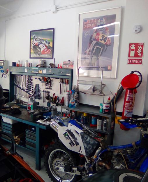 Taller mecánico de motos en La Palma de Cervelló
