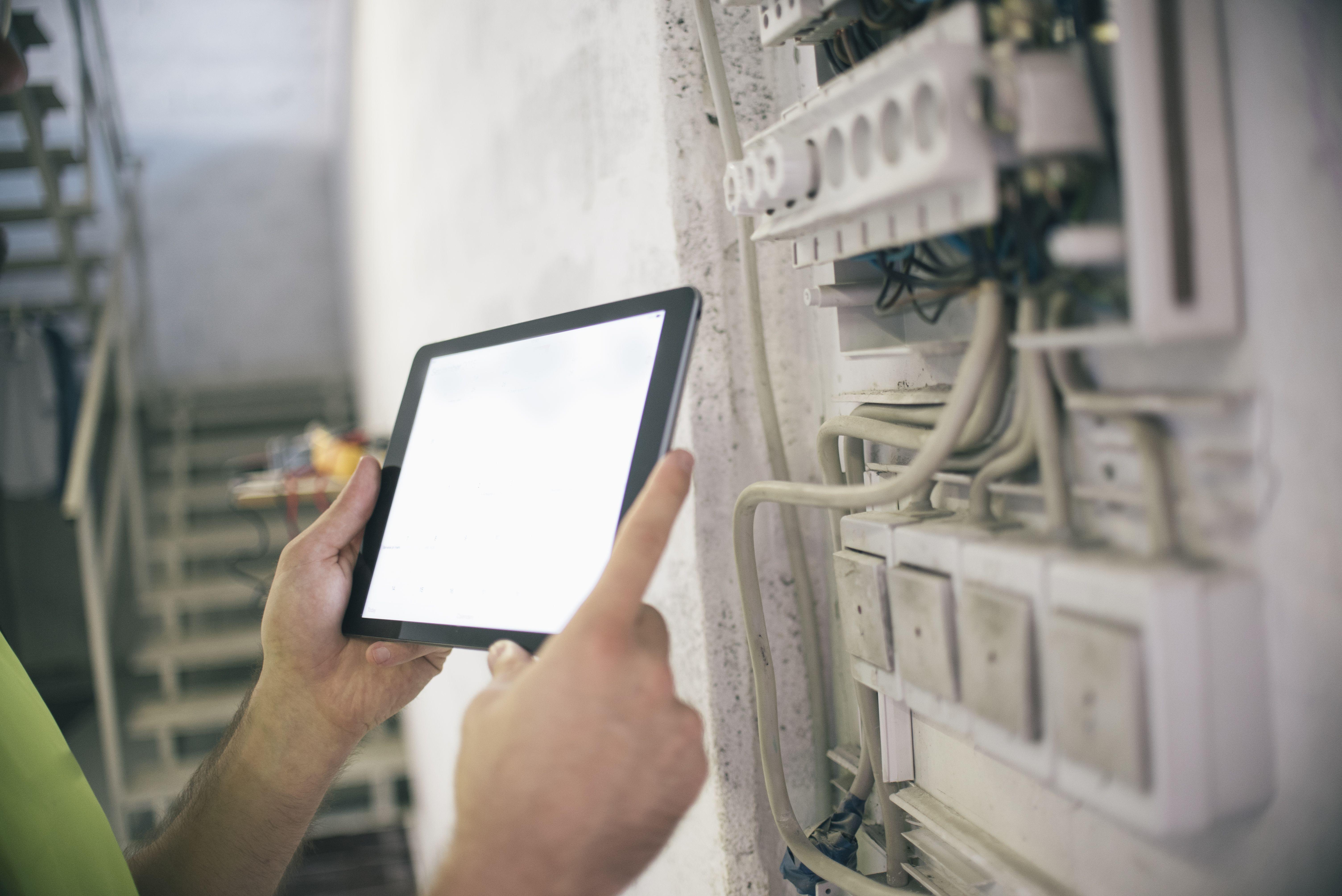Instalaciones eléctricas: Servicios de Isorobotic