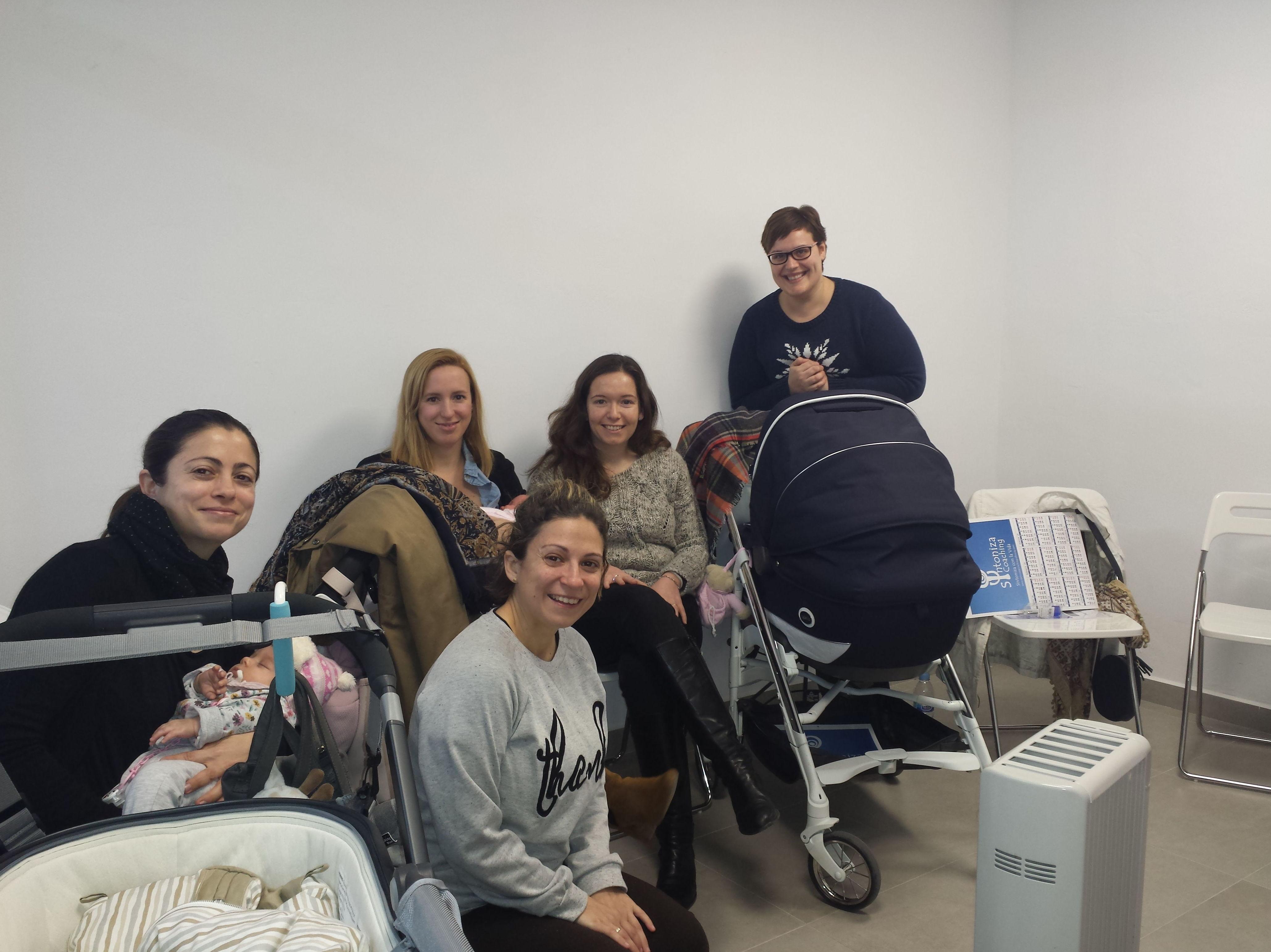 Grupo de madres Charla Cambios emocionales en la maternidad. Farmacia Juan XXIII