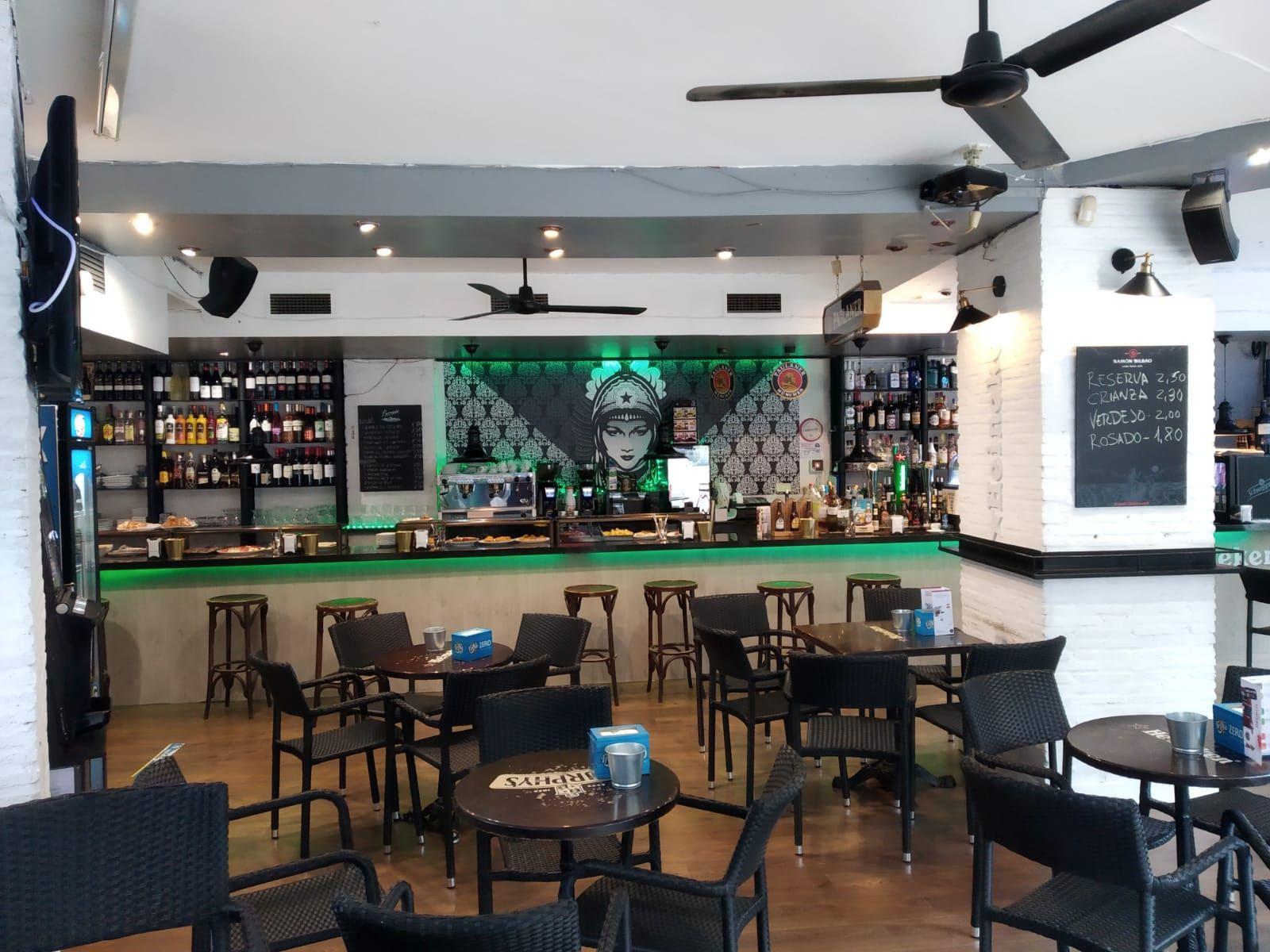 Nuestro bar por dentro