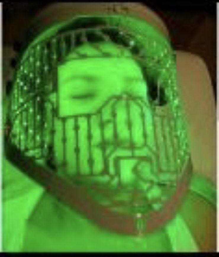 Limpieza facial mascara led: Servicios de Centro de Estetica Alejandra