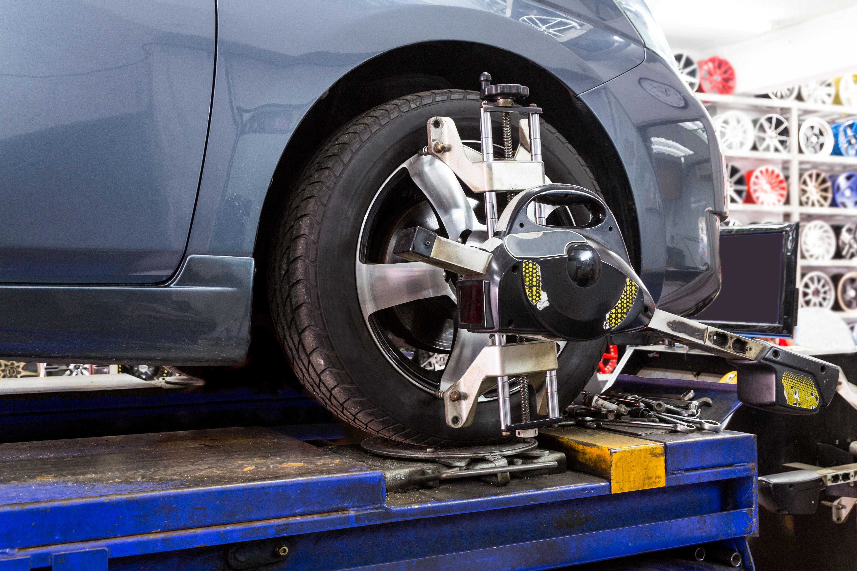 Cambio, alineado y equilibrado de neumáticos