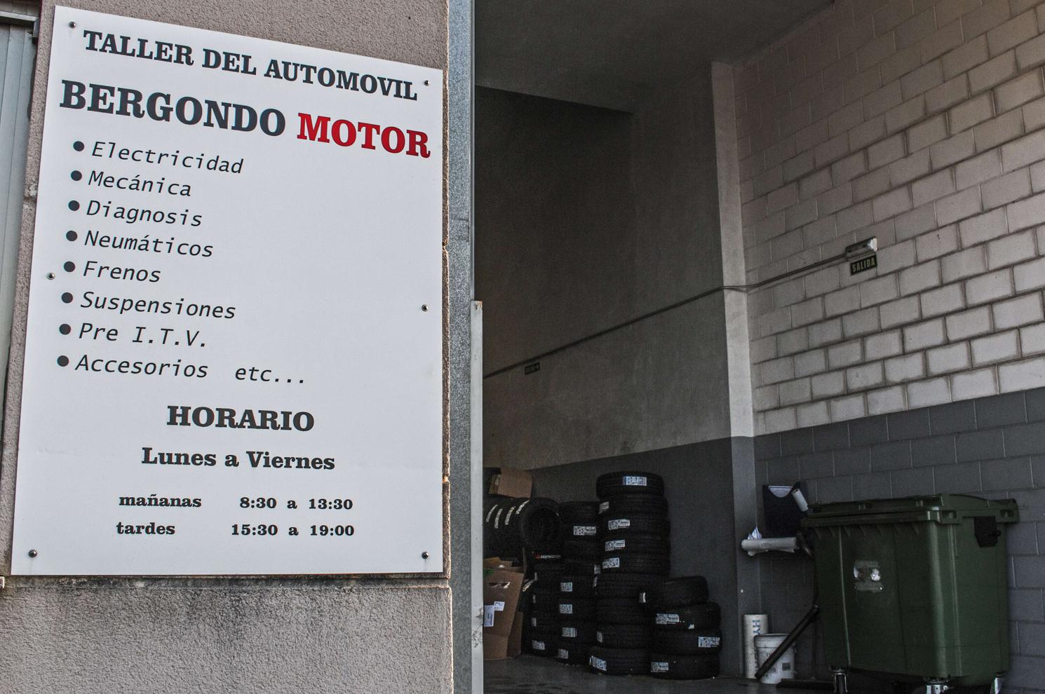 Taller de automóviles en Bergondo