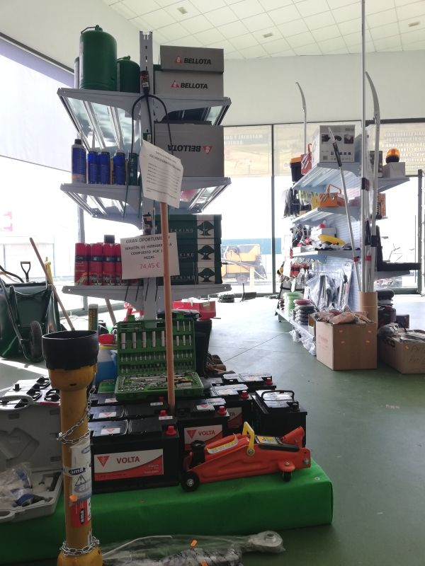 Maquinaria para el campo en Zafra