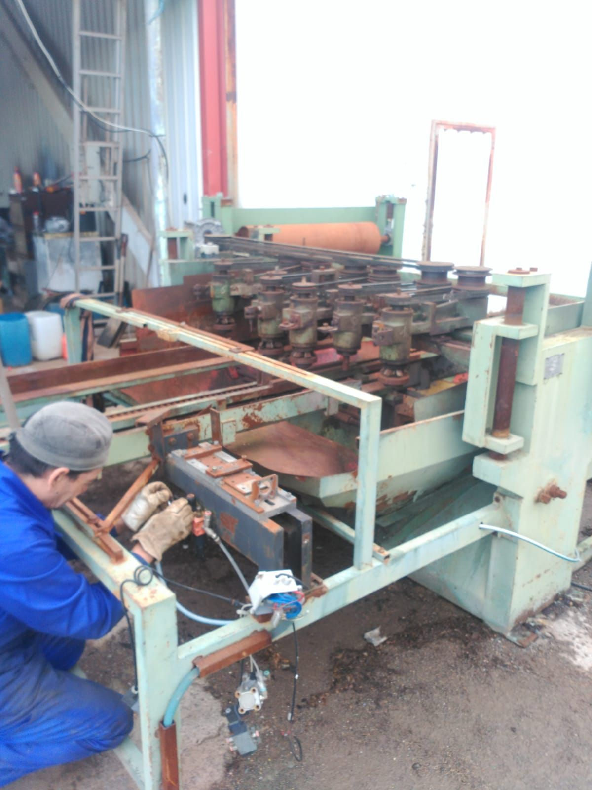 Proyecto y desarrollo de máquina industriales
