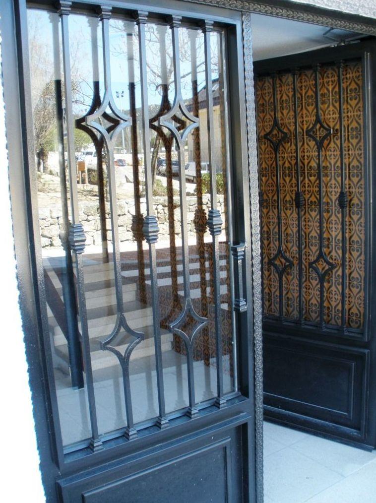 Varios productos de puertas autom ticas aucer s l for Puertas para balcones modernas