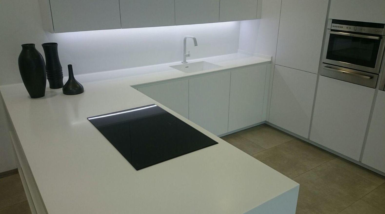 Nuestros proyectos  : Productos y servicios   de TIRAPU Y ZOROQUIAIN