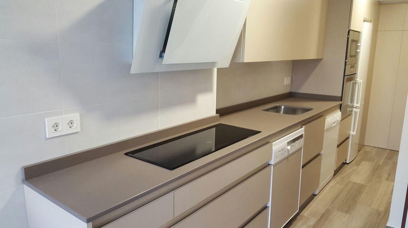 Encimera Dekton Galema de 2cm de grosoror: Productos y servicios   de TIRAPU Y ZOROQUIAIN