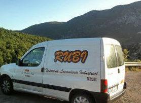 Foto 1 de Tintorería y lavandería industrial en Teruel   Tintorería Lavandería RUBI
